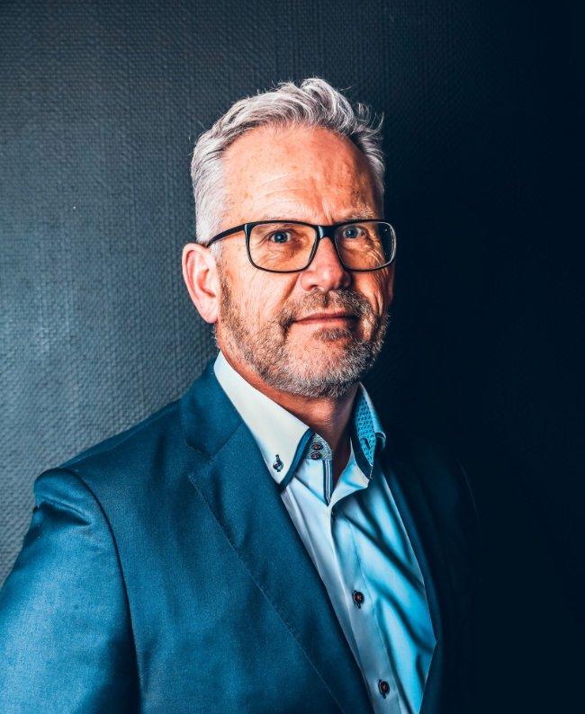 MARK VOSSENAAR Founder and Chairman